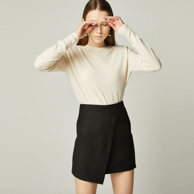 UNBALANCED MINI SKIRT Black